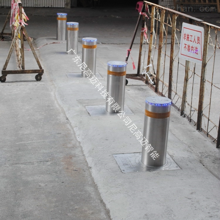 广州新华南鞋城液压式防撞升降柱路障厂家