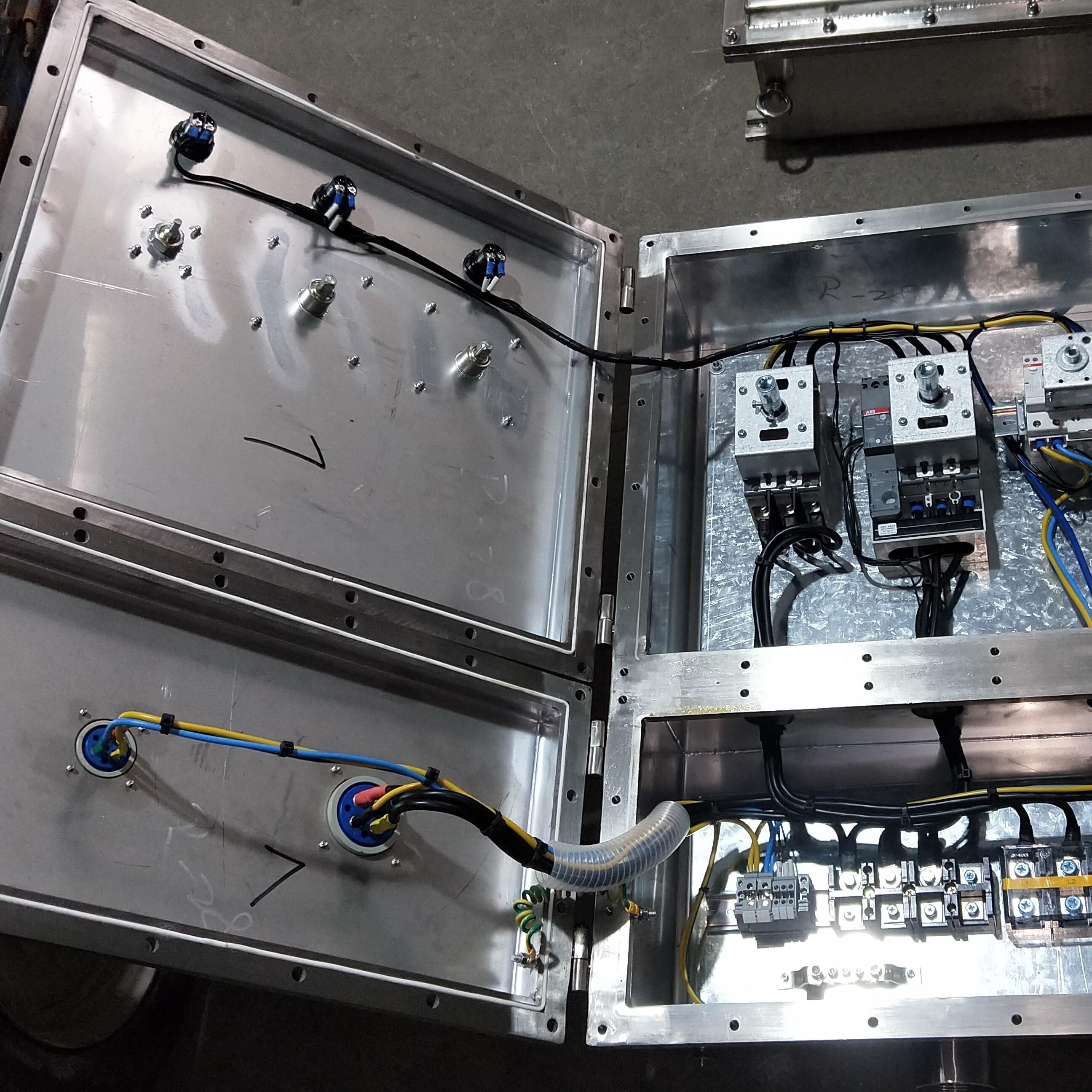 不锈钢防爆检修电源插座箱