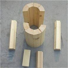 现货促销保冷垫木施工现场  管托未来市场