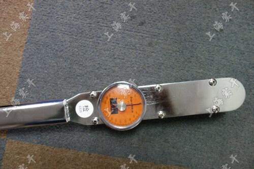 表盘扭力矩扳手图片